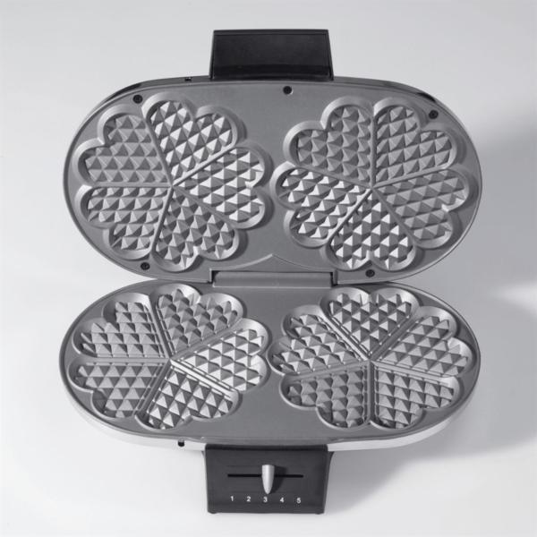 Hartjeswafelijzer hartvormige wafels Deluxe Cloer wafelijzerwinkel.com