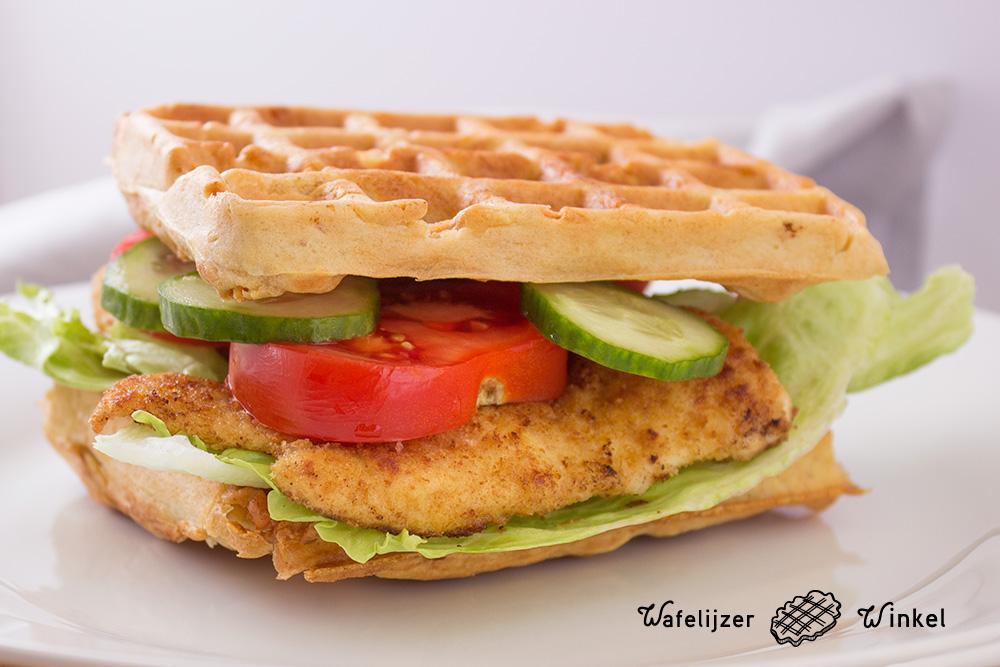 Wafel sandwich met kip: Hartige wafel